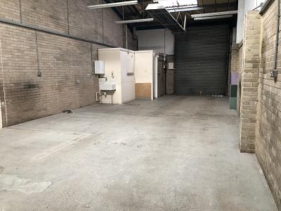 Abingdon Road Unit 5 Industrial Unit To Let Poole (4)_opt