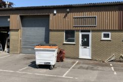 TO LET MID-TERRACE INDUSTRIAL UNIT